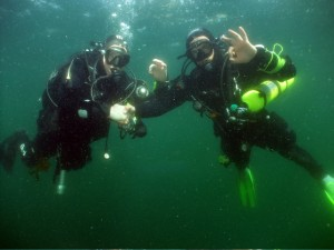 Paul and Michal Underwater on their Final Dive