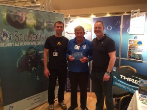 Breffni and Shane receiving the 20 year membership Award from PADI Regional Manager Terry Johnson.